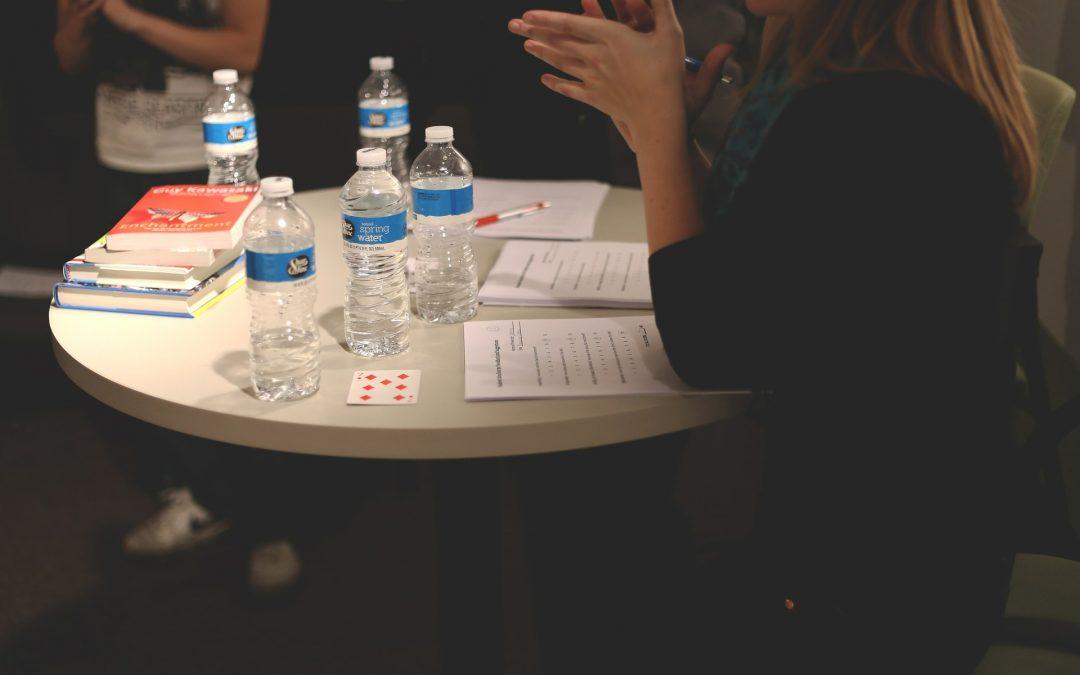 ¿Cómo celebrar una asamblea ordinaria y una extraordinaria?